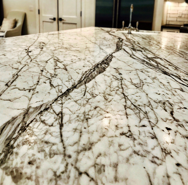 Honed or Polished Marble: What is the Difference and how do I Choose?